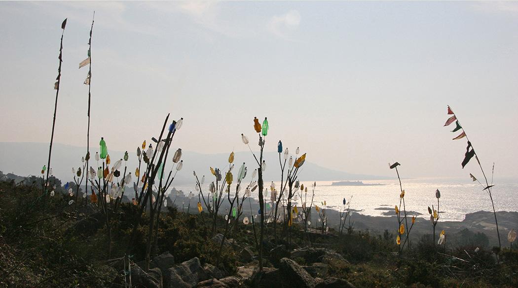 Molinillos de viento construidos por un grupo de jubilados.