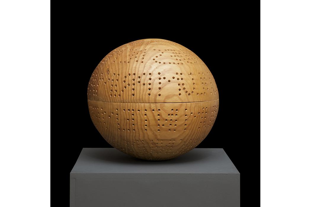 DILUCULUM. Madera de pino, 40 cm de diametro. Jorge Barbi